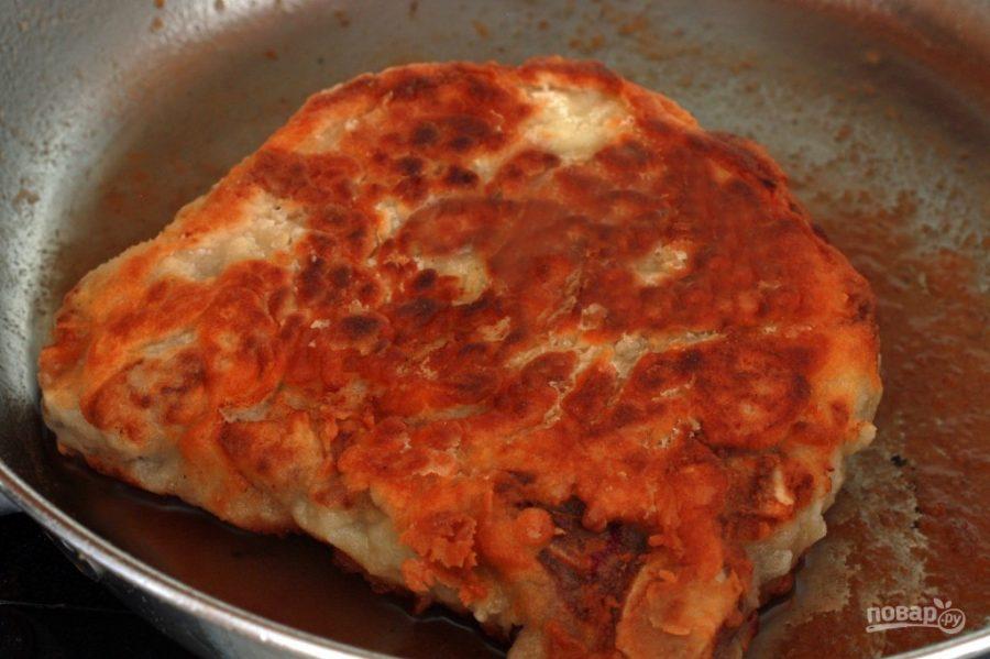 Свиная отбивная с грибами в соусе