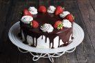 Шоколадный торт с заварным кремом