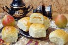 Сдобные булочки с грушей