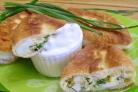 Пирожки с яйцом и зеленью