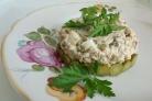 Салат из консервированной скумбрии
