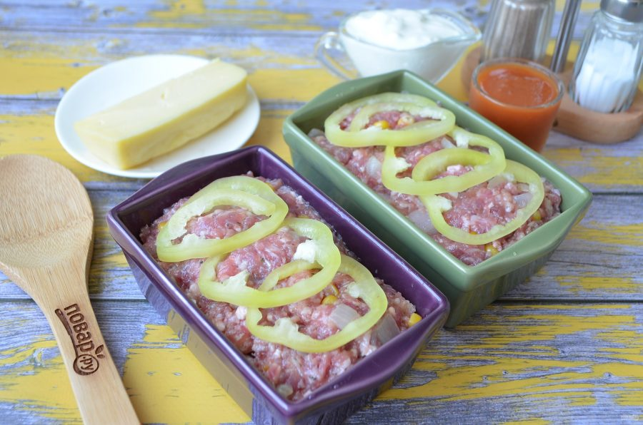 Приготовление мясной закуски из фарша и овощей
