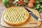 Пирог со щавелем и яйцом