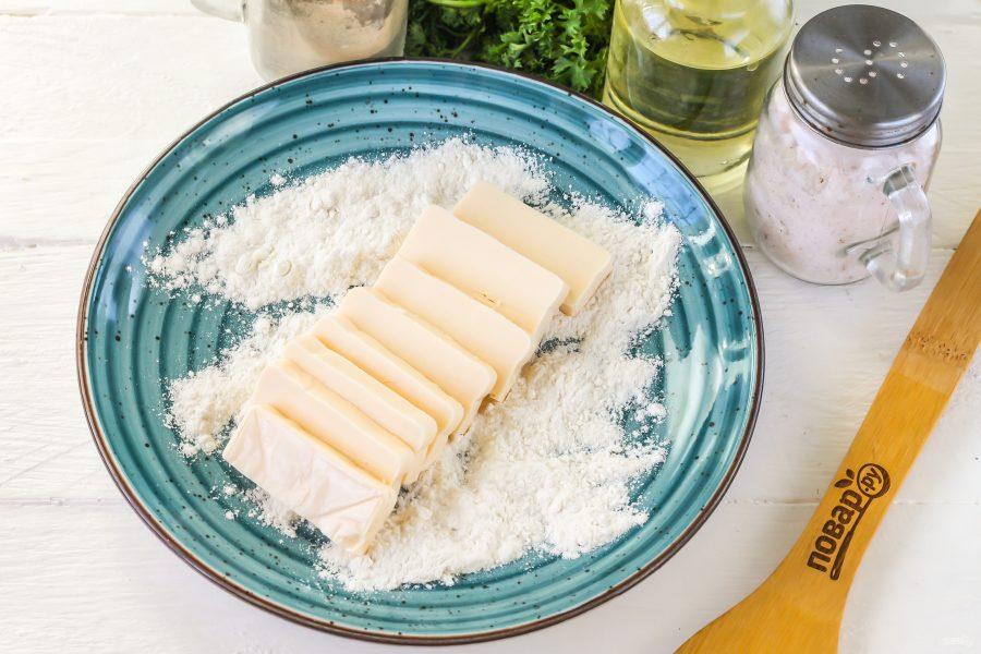 Приготовление жареного сыра