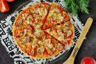 Пицца на готовой основе в микроволновке