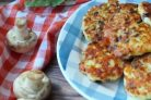 Куриные котлетки с сыром и грибами
