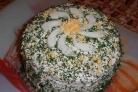 Блинный пирог с курицей, грибами и творогом