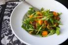 Салат из запеченного сквоша с руколлой