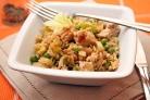 Коричневый рис с индейкой и овощами