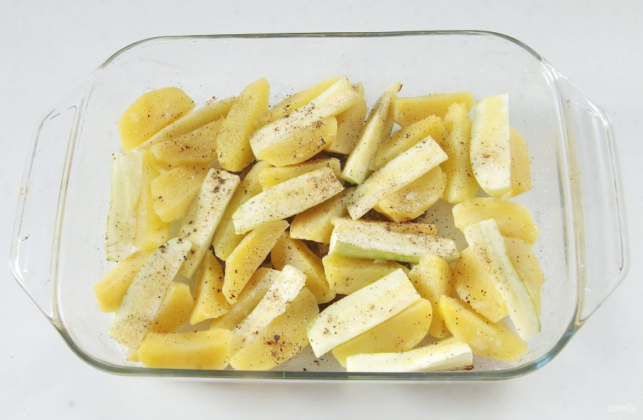 Рыба, запеченная с кабачками и картошкой в духовке