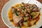 Тушеная капуста с картошкой и курицей