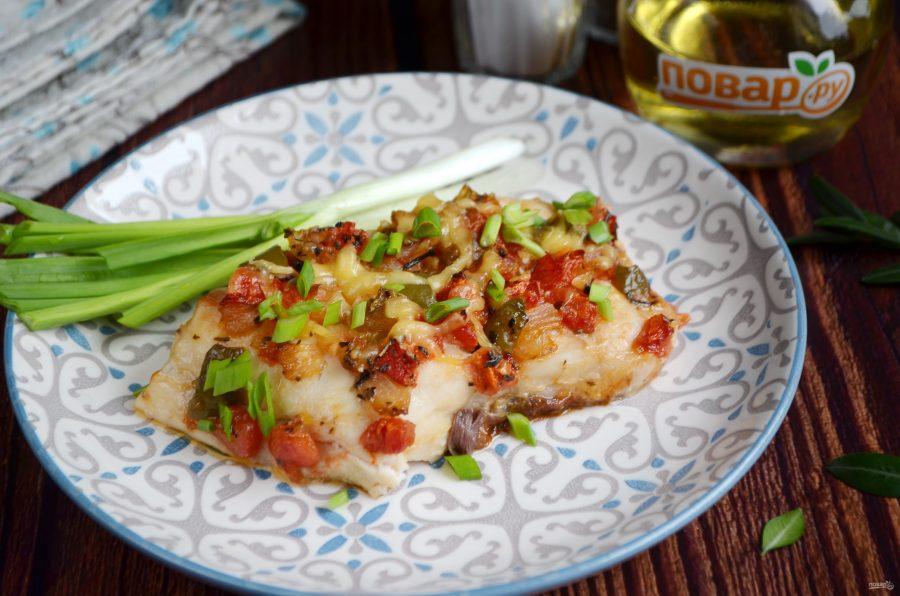 Рыба, запеченная с перцем