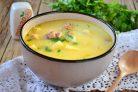 Суп с копченой курицей и плавленным сыром