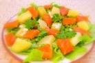 Салат с семгой и картофелем