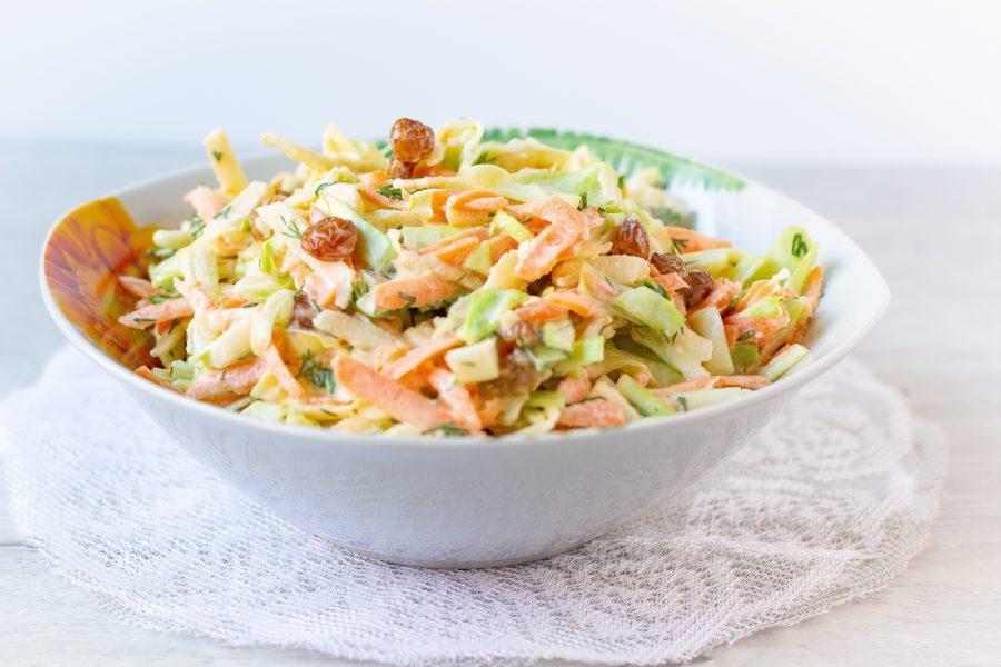 Овощной салат со сметаной