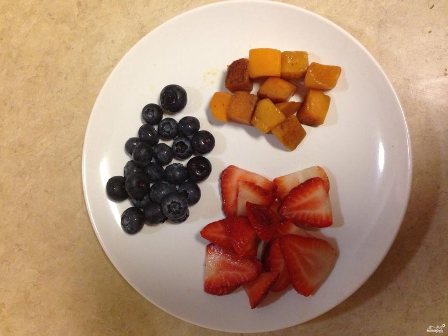 Кефир с фруктами