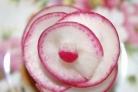 Закуска Красный цветок из редиса