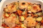 Жареная курица с овощами