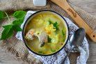 Куриный суп с вермишелью и яйцом