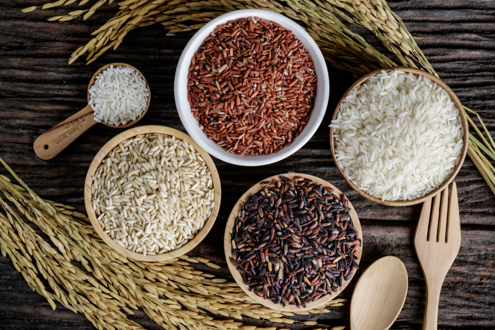 Рис: дикий, коричневый, белый, ошпаренный, басмати