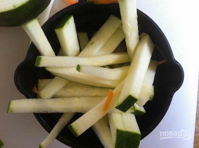 Салат из лапши Соба