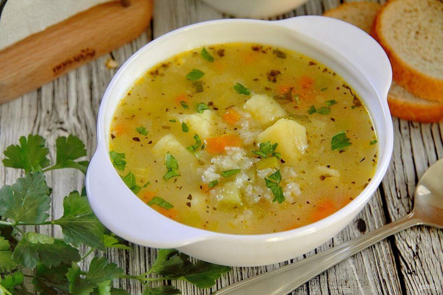Суп с рисом и кабачком