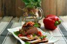 Сочная свинина в фольге с луком и сладким перцем