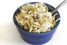 Капустный салат с корнишонами