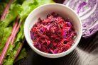 Салат со свежей свеклой