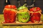 Спагетти в болгарском перце на Хэллоуин