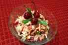 Салат из капусты с вишней