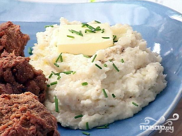 Рецепт Шутка - пюре из цветной капусты с чесноком и пармезаном