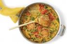 Курица с кус-кус и помидорами