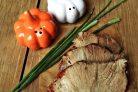 Свинина, вареная в луковой шелухе