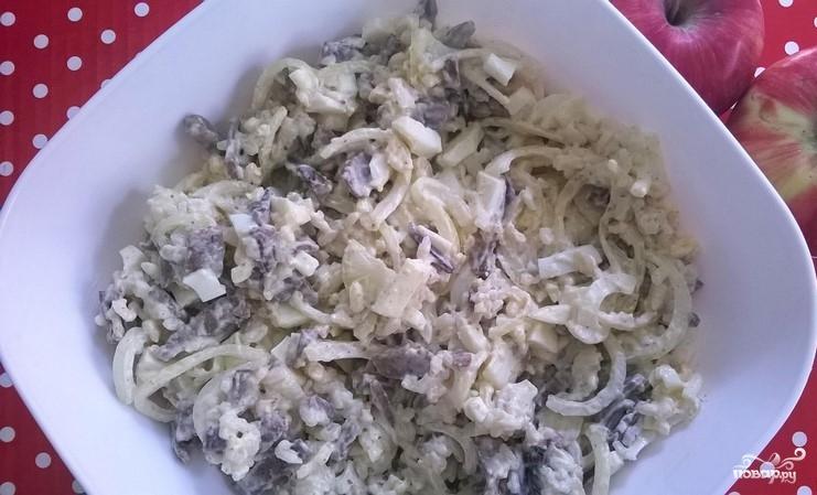 Салат из свиной печени