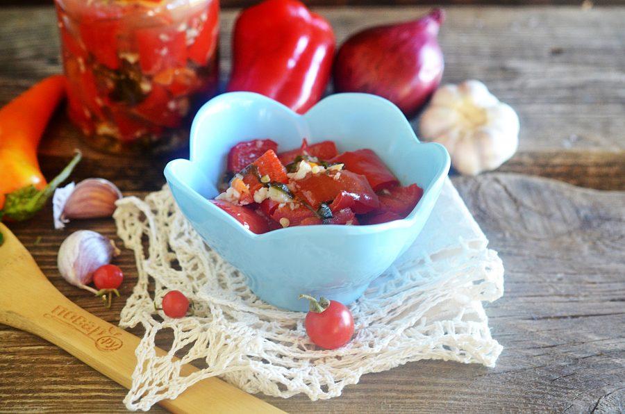 Острый салат из болгарского перца на зиму