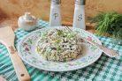 Салат с мясом и жареными шампиньонами
