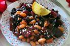 Салат из свеклы с фасолью и черносливом