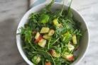 Салат из руколы и авокадо