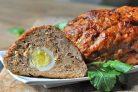 Мясной рулет с яйцами