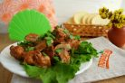 Мясо в сырном соусе с грибами