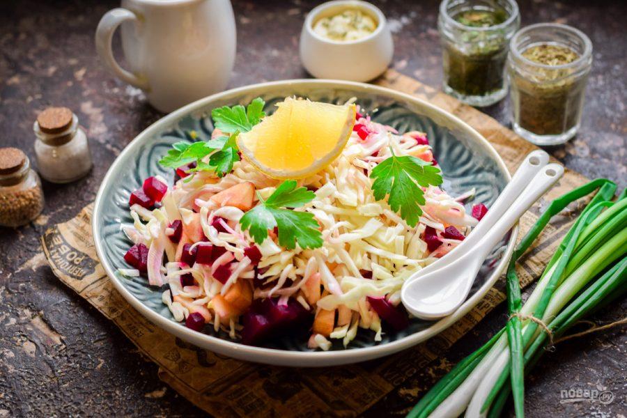 Капустный салат со свеклой