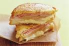 Сэндвичи с сыром, ветчиной и грушей