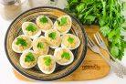Яйца фаршированные сардинами