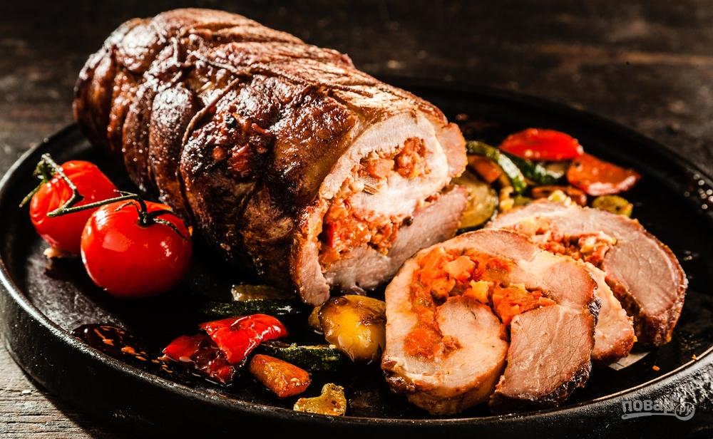 Запеченное мясо в духовке куском