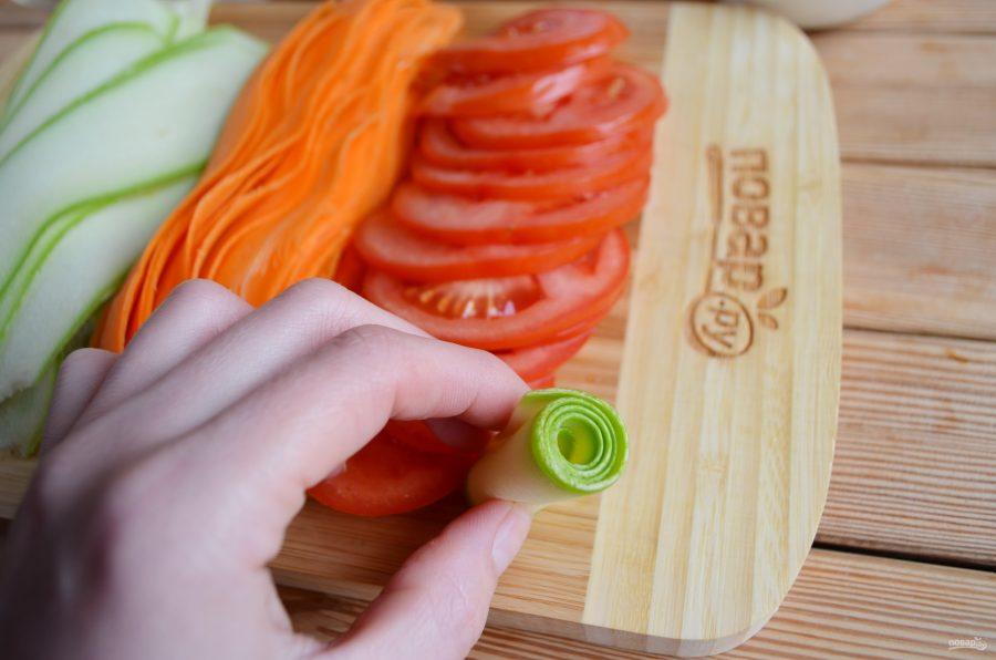 Готовим овощную запеканку из цукини, помидора и моркови