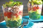 Салат с тунцом слоеный