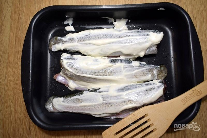 Запеченная рыба под хрустящей корочкой