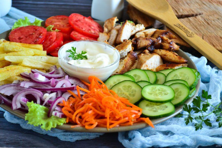 Мясо с овощами и картошкой