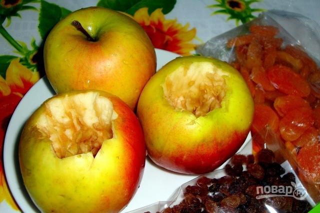 Быстро запеченное яблоко